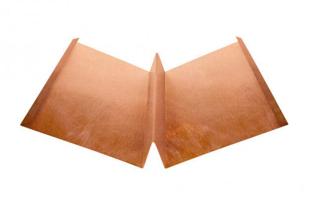 Kehlblech mit Steg aus Kupfer