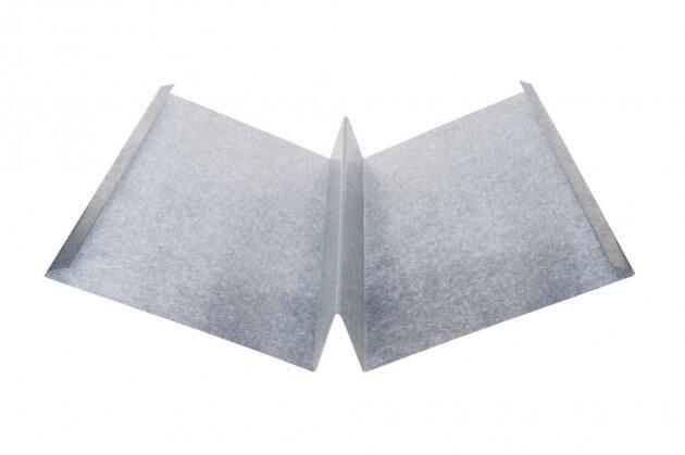 Kehlblech mit Steg aus Aluminium